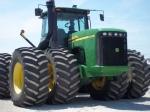 Трактор John Deere 9520